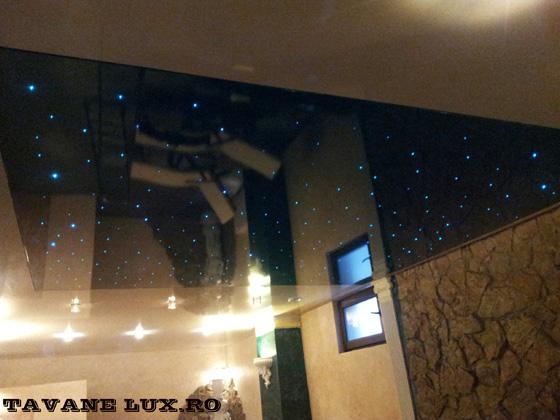 Tavan executat pentru sauna, iluminat cu fibra optica